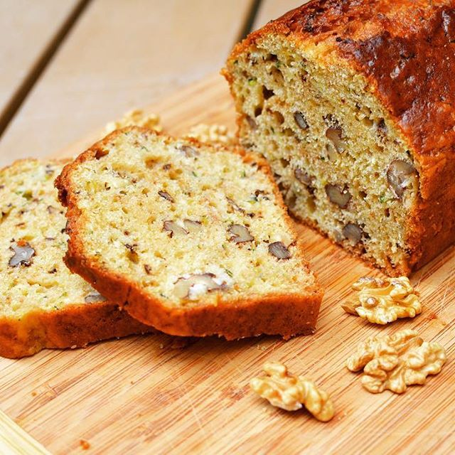 Healthy Zucchini-Walnut Bread with Greek Yogurt