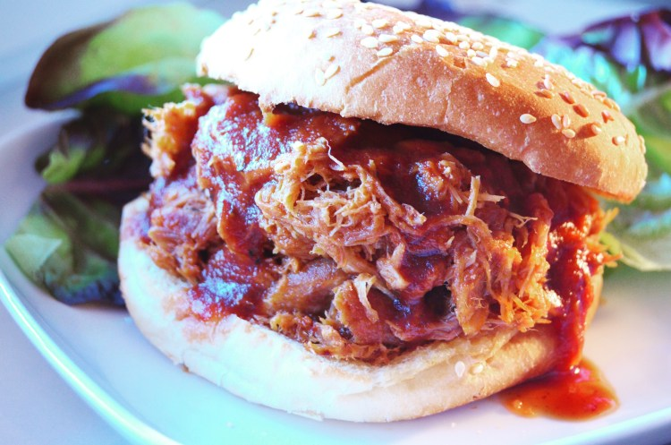 Southern Pulled Pork BBQ Sandwiches